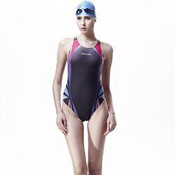 【SAIN SOU】競賽/泳隊/專業用大女連身三角泳裝加贈矽膠泳帽A97261