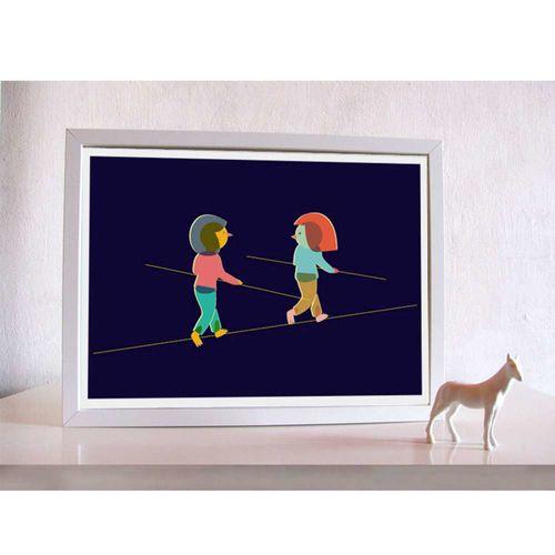 【摩達客】西班牙知名插畫家Judy Kaufmann藝術創作海報掛畫裝飾畫-朋友走鋼索(附Judy本人簽名)(含木框)